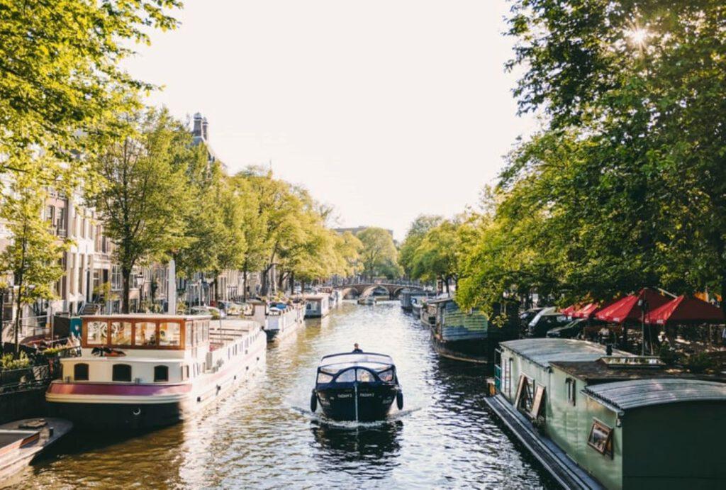 Amsterdam electric